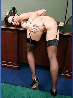 Sexy Mature Office Pictures
